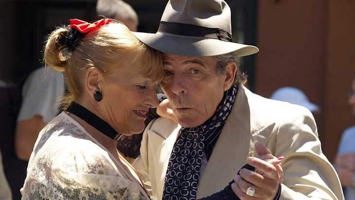Mit einem Kredit für Rentner ist der Tango in Argentinien kein Problem